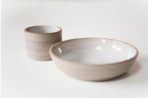 LIBELIA keramiek_voorgerecht_beton_wit